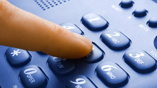 How Do I Decide on a Business Phone System?