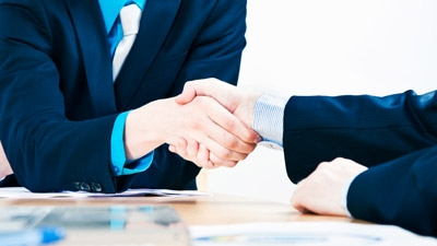 The Right Way to Go into Business with a Partner