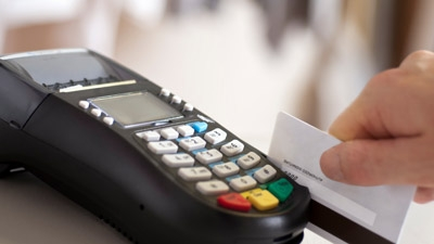 Tips to Avoid Credit Card Fees