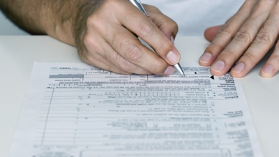 Is there a way to best determine which number we should list for withholding on our W-2?