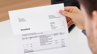What Kind of Info Should Your Invoices Include?