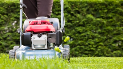Is there a license to do landscape maintenance such as lawn service, etc. in California?
