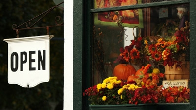 Should Businesses Be Open on Thanksgiving?