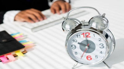 Stop Wasting Your Time on Social Selling?