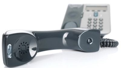 Hosted VoIP vs. On-Site VoIP Business Phone Systems: The Scoop