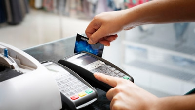 5 Ways Credit Cards Can Accelerate Your Small Business