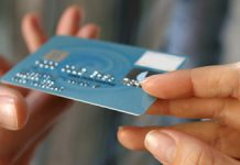 3-things-to-know-before-signing-up-with-a-merchant-card-processor