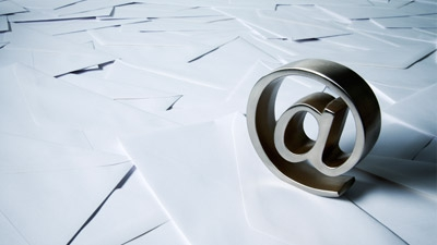 Killer Startup: Lukewarm Emailer Gets You in Touch with the Right People