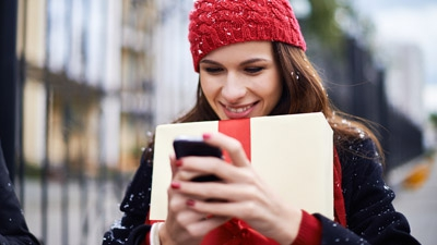 Consumers Go Mobile for the Holidays