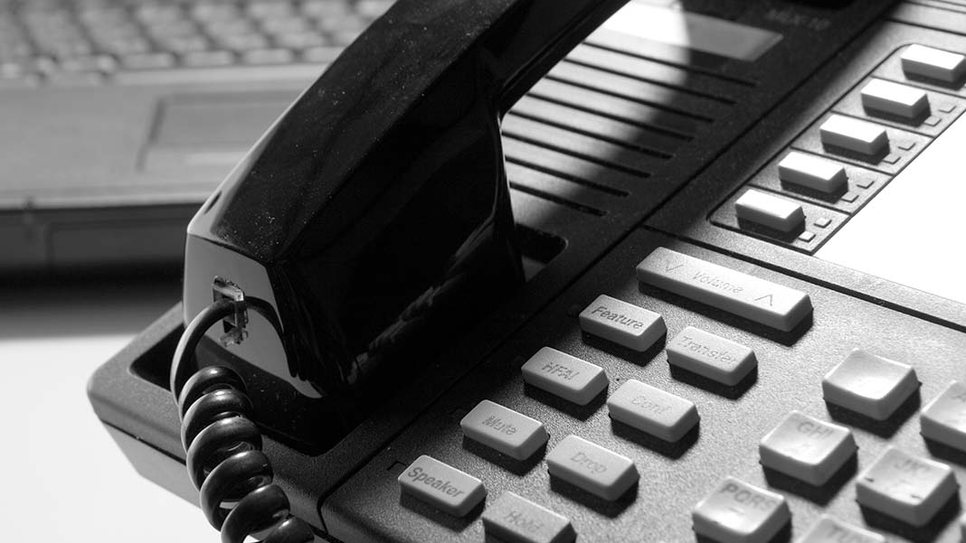 5 Mistakes to Avoid When Choosing a Business Phone System