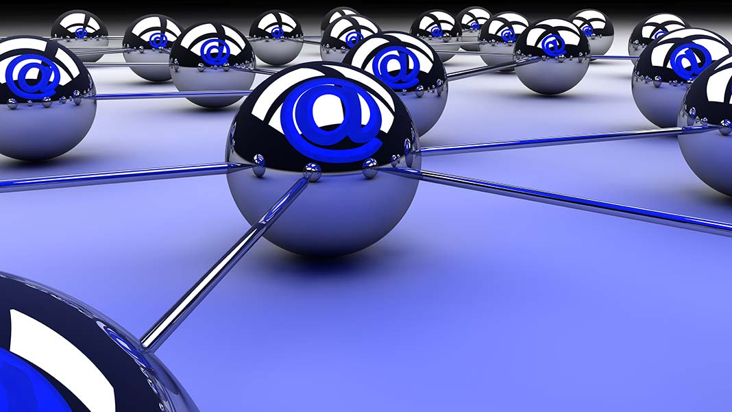 Insight into Using Ad Retargeting to Convert Email Leads