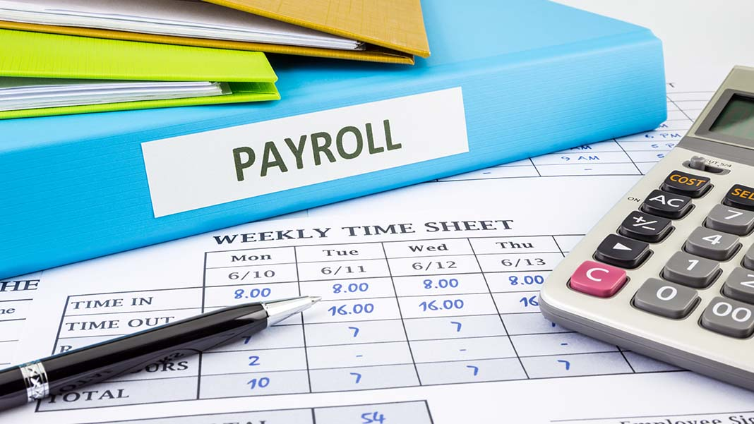 5 Ways to Effortlessly Manage Payroll