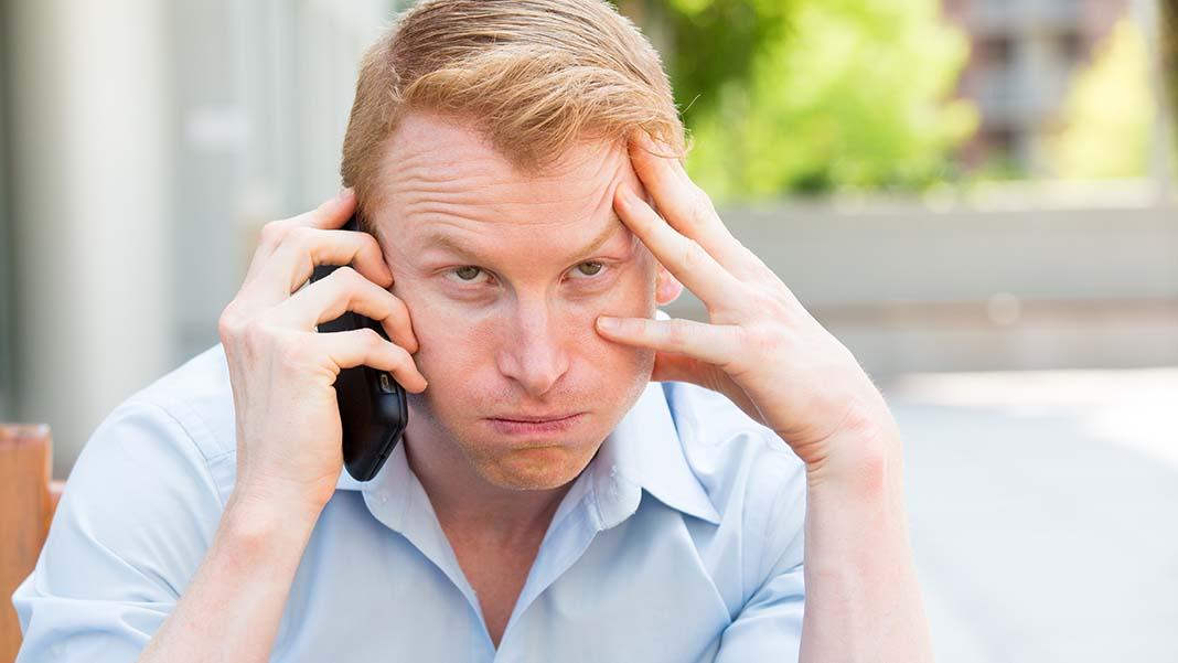 Understand the Subtle Signs of Employee Disgruntlement