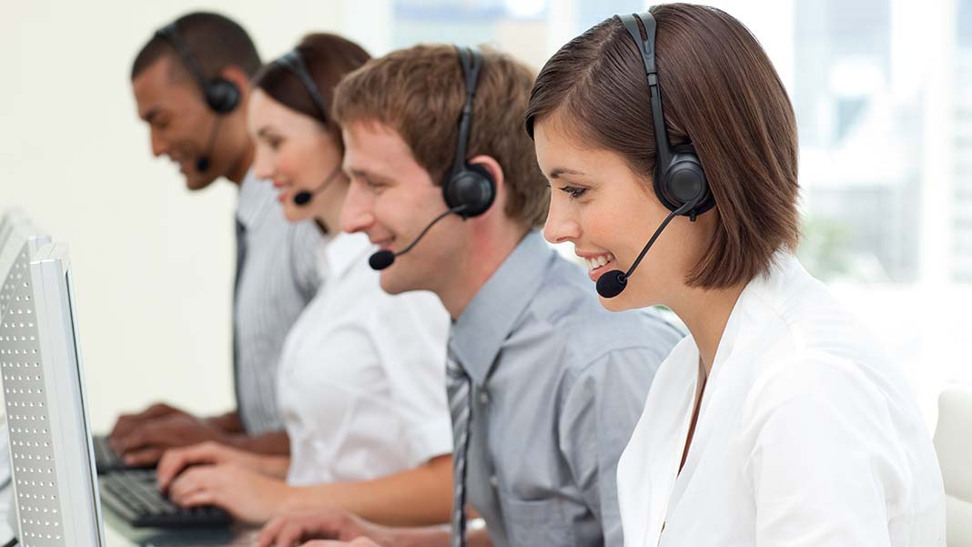 5 Tips to Keep Your Call Center Team Engaged
