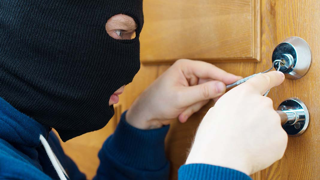 How to Protect Your Business from Employee Theft