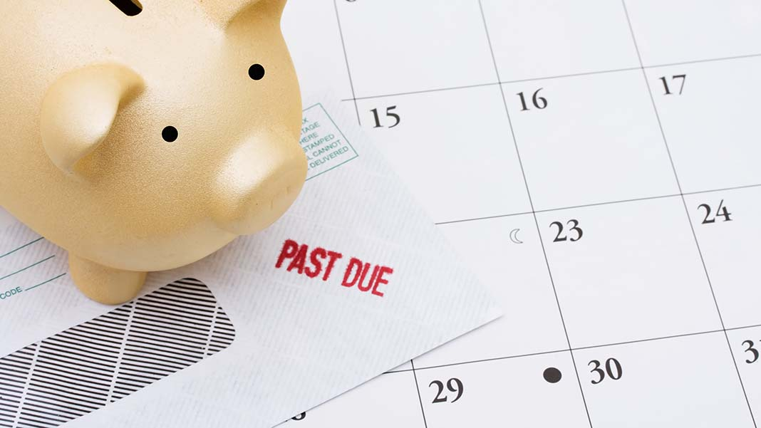How to Handle Customers Who Send Payments Late