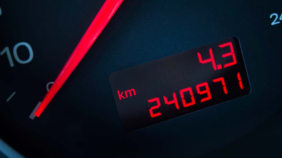 Standard Mileage Rate Falls Again for Tax Year 2017