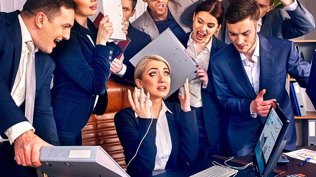 Leadership Skills: 5 Expectations Your Team Has for You as a Leader