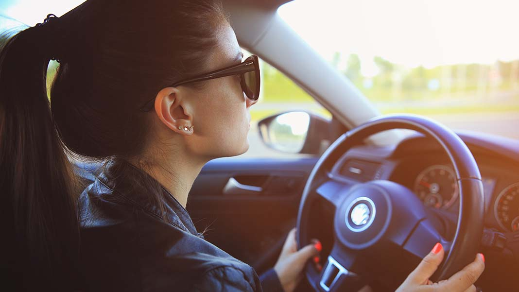 10 Best Apps to Make Driving Safer, Easier, and More Fun
