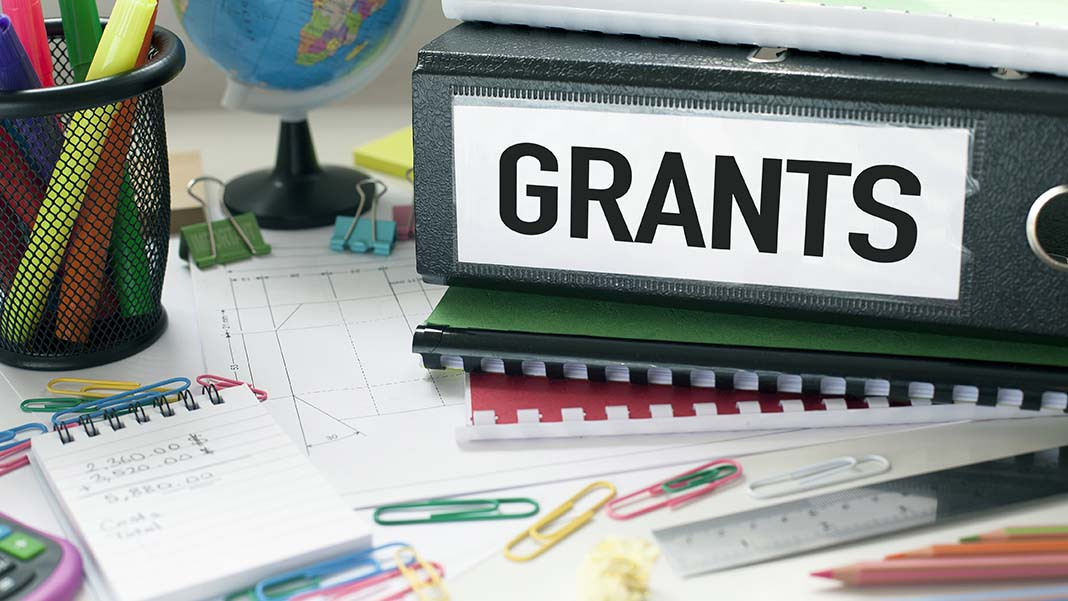 13 Small Business Grants You Need to Know for 2018