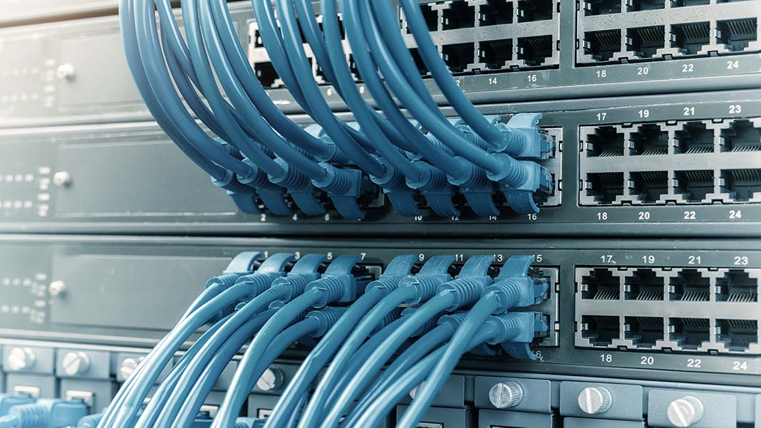 Point-to-Point Cabling vs. Structured Cabling: Choosing the Right System for Your Business