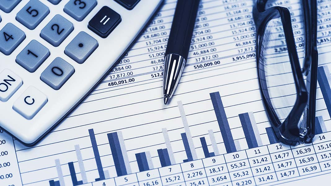 Getting Ahead of the Curve: Technology and Accounting/Bookkeeping