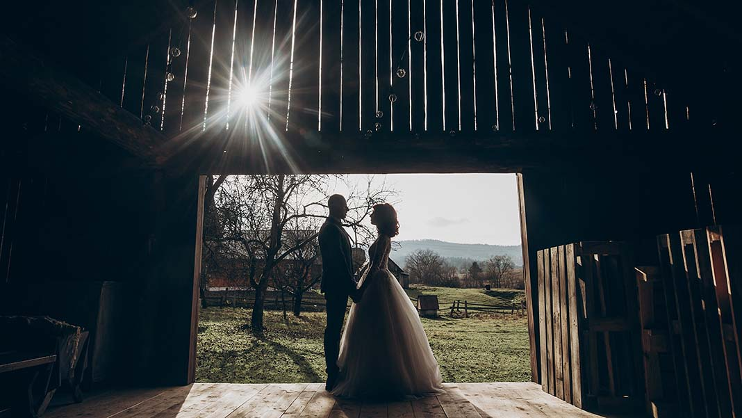 Enter the $50B Wedding Market by Setting Up a Wedding Barn