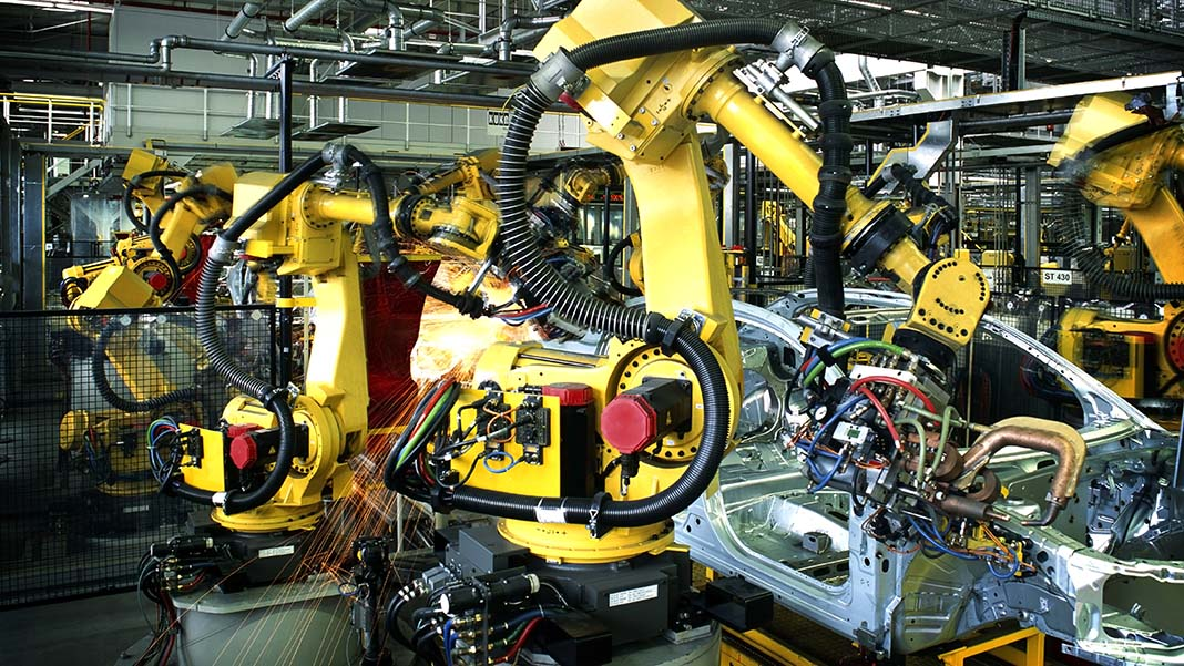 5 Ways the Modern Assembly Line Moved to Automation and Back to Humanization