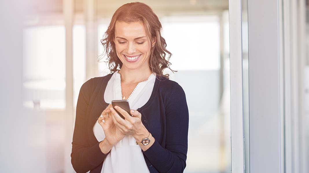 How Text Messaging for Business Benefits LuLaRoe Fashion Consultants