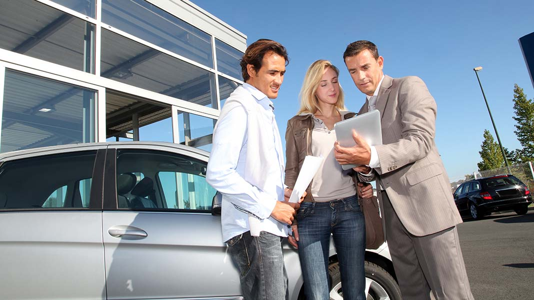 How are Car Dealers Expected to Perform in 2021?