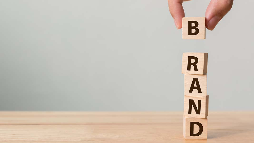 Build Your Corporate Identity with These 5 Simple Branding Tips