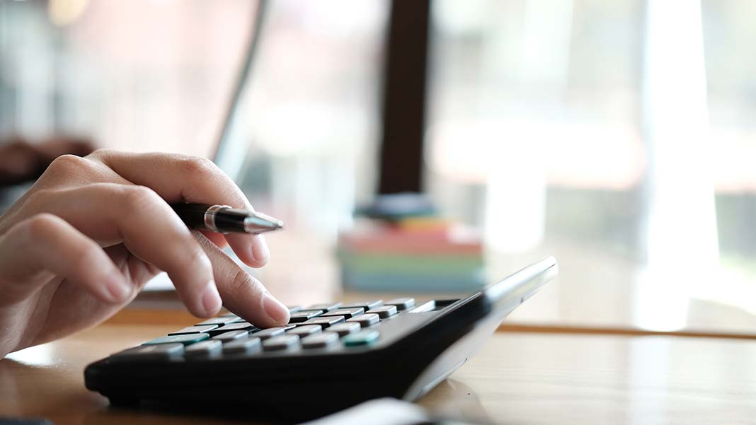 Where to Find the Best Bookkeeper for Your Small Business