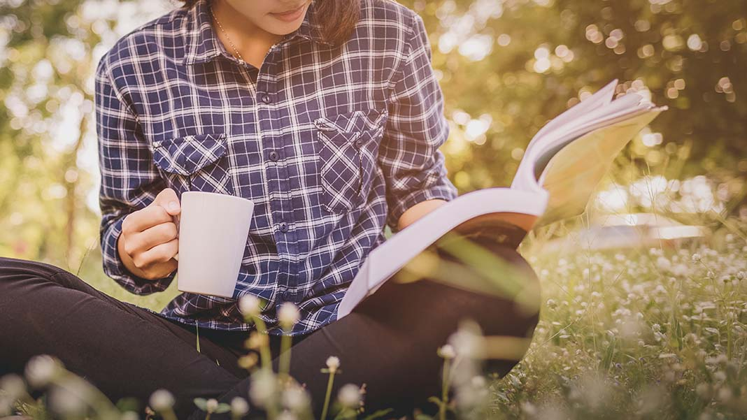 5 Inspiring Books That May Change Your Thinking About Life