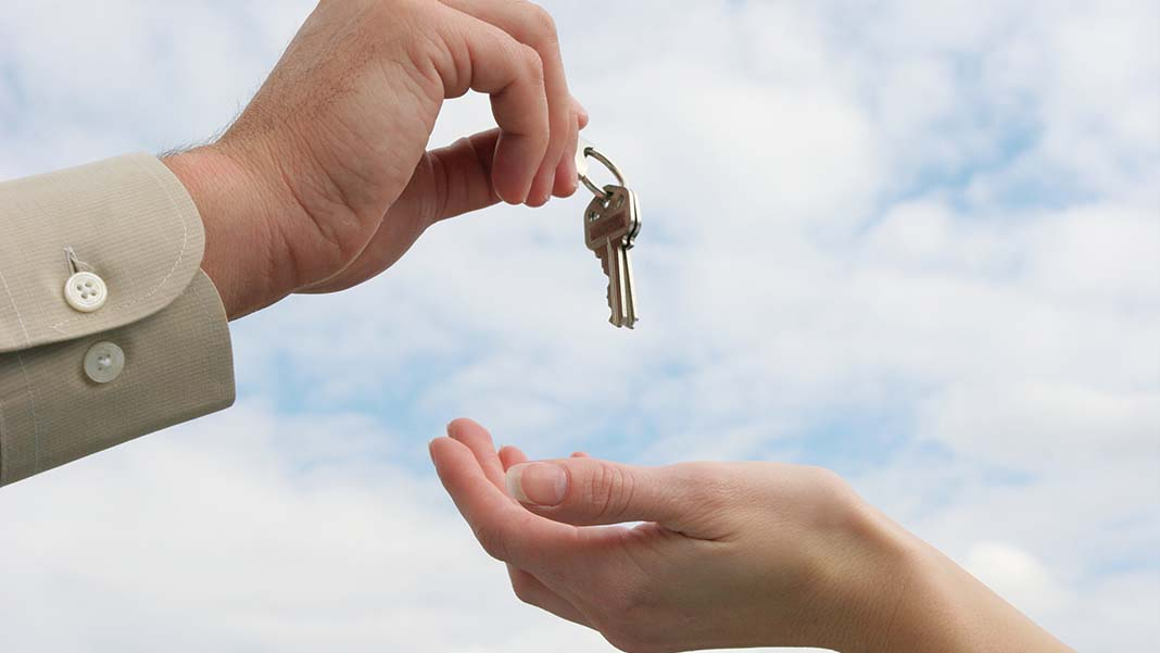 Should You Lease or Buy the Property Where You Want to Do Business?
