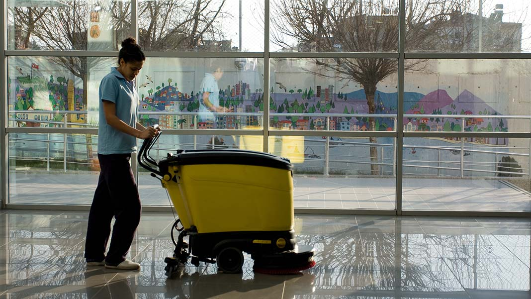 6 Tips When Hiring a Commercial Cleaning Company