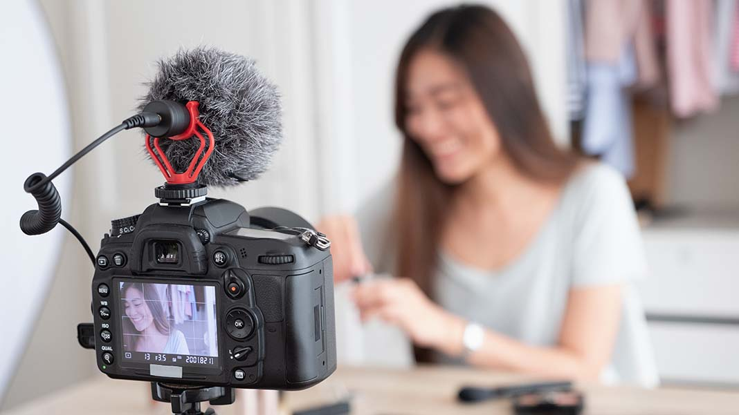 Influencer Marketing: A Beginner's Guide on What It Is and How to Get Started