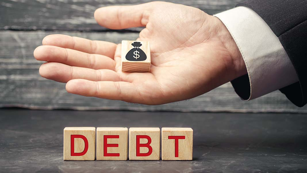 5 Ways to Tackle Debt in Anticipation of a Large Purchase