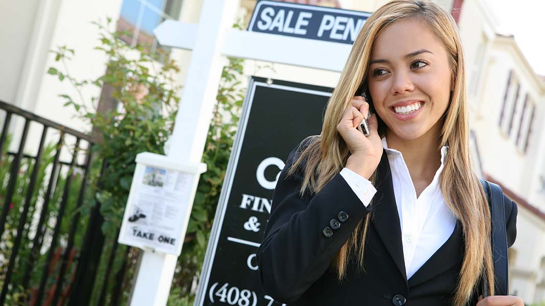 4 Effective Tools for Breaking into Real Estate