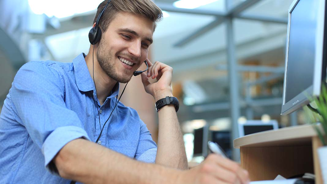 Why Good Contact Centers Need Both People and Technology