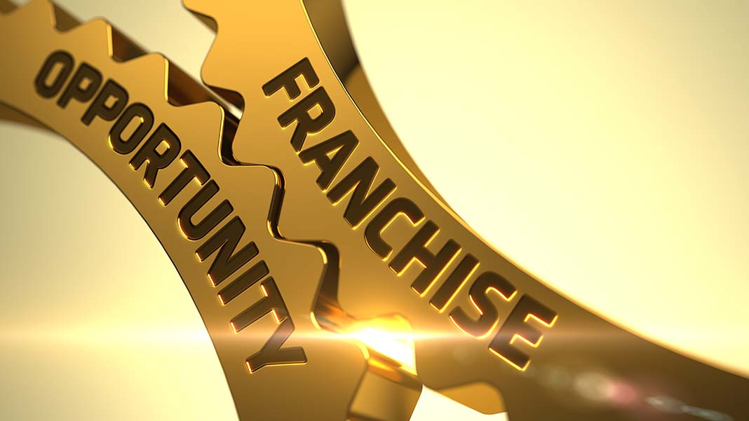 6 Must-Read Books Before Choosing a Franchise Opportunity