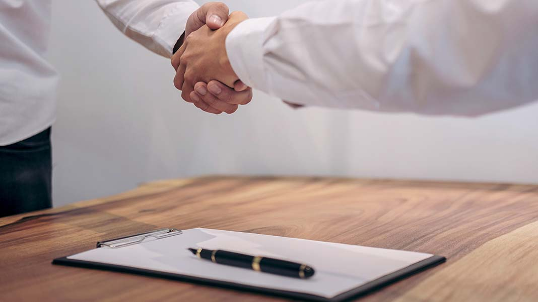 Buying a Franchise: 3 Benefits of Ownership