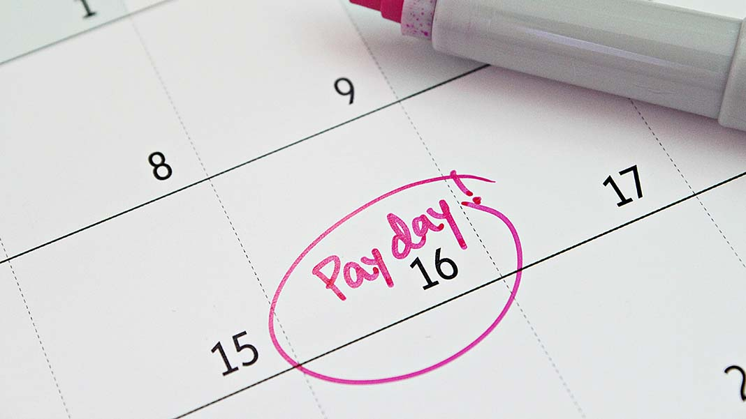 7 Tips for Managing Payroll When Cash Flow is a Problem