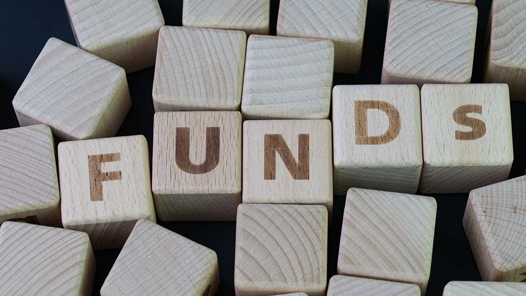 4 Top Tips to Economically Fund a New Small Business