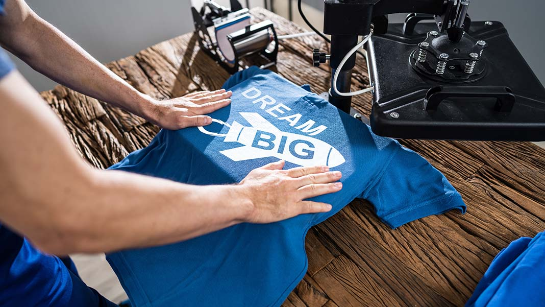 Starting a T-Shirt Printing Business? Here's What You Need to Know