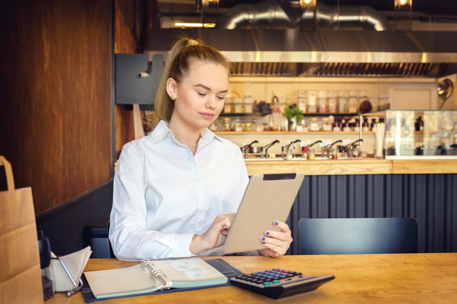 Buying a Bar? Read These 5 Tips to Ensure Success