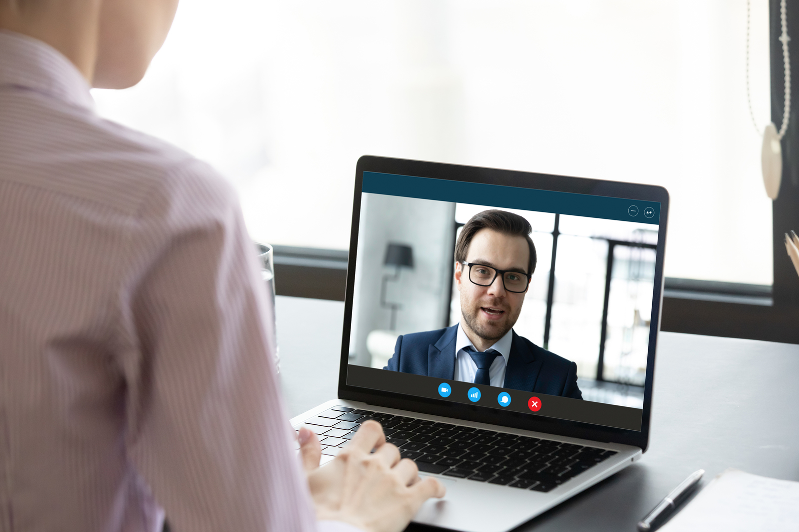5 Remote Hiring Tips for Entrepreneurs