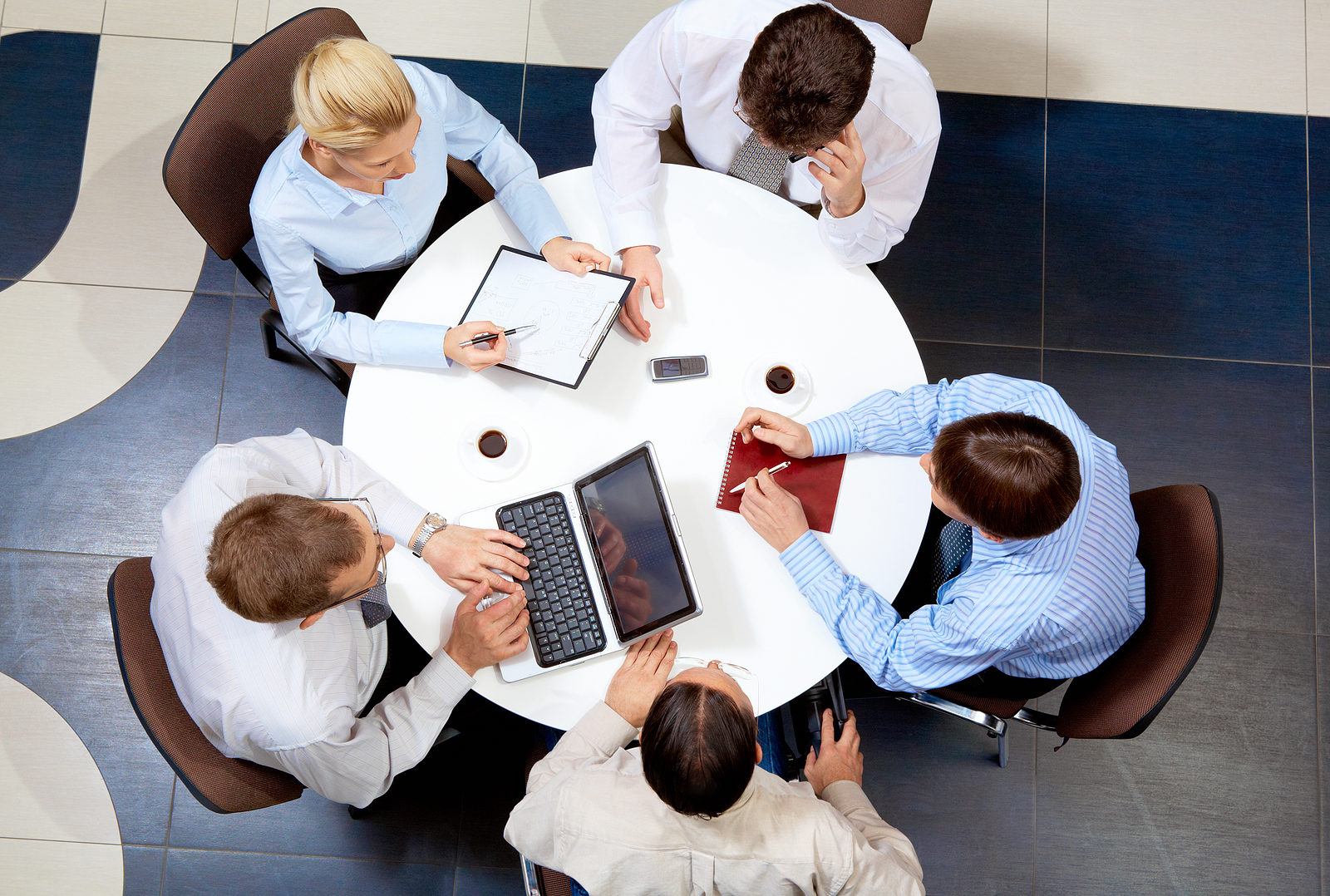 4 Top Tools for Effective Team Collaboration in the Workplace