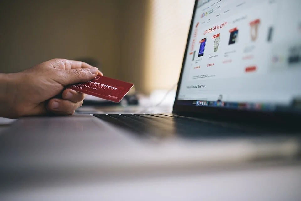 Starting an e-Commerce Business on a Shoestring Budget: The Ultimate Guide