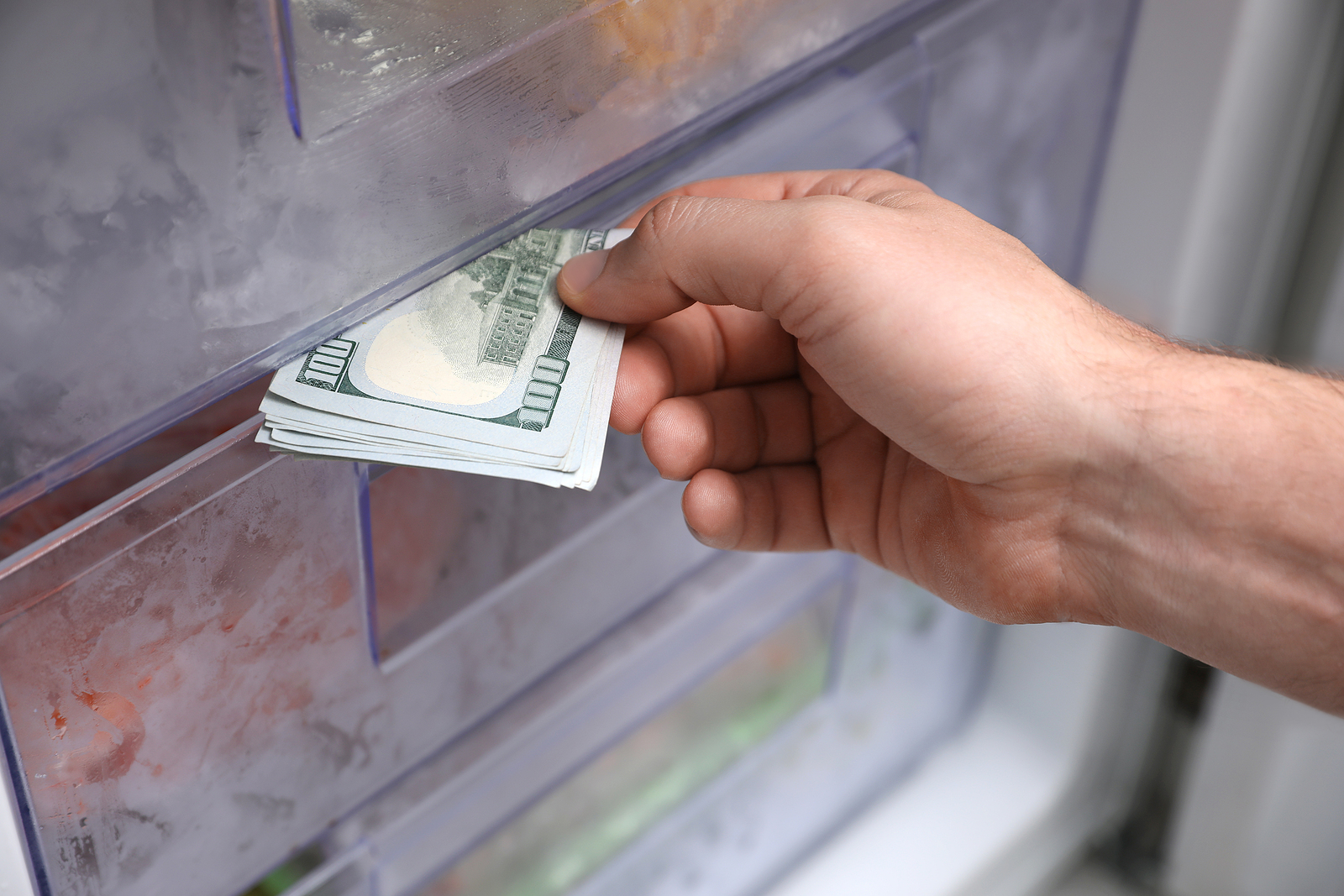 Pros & Cons of Freezing Your Credit