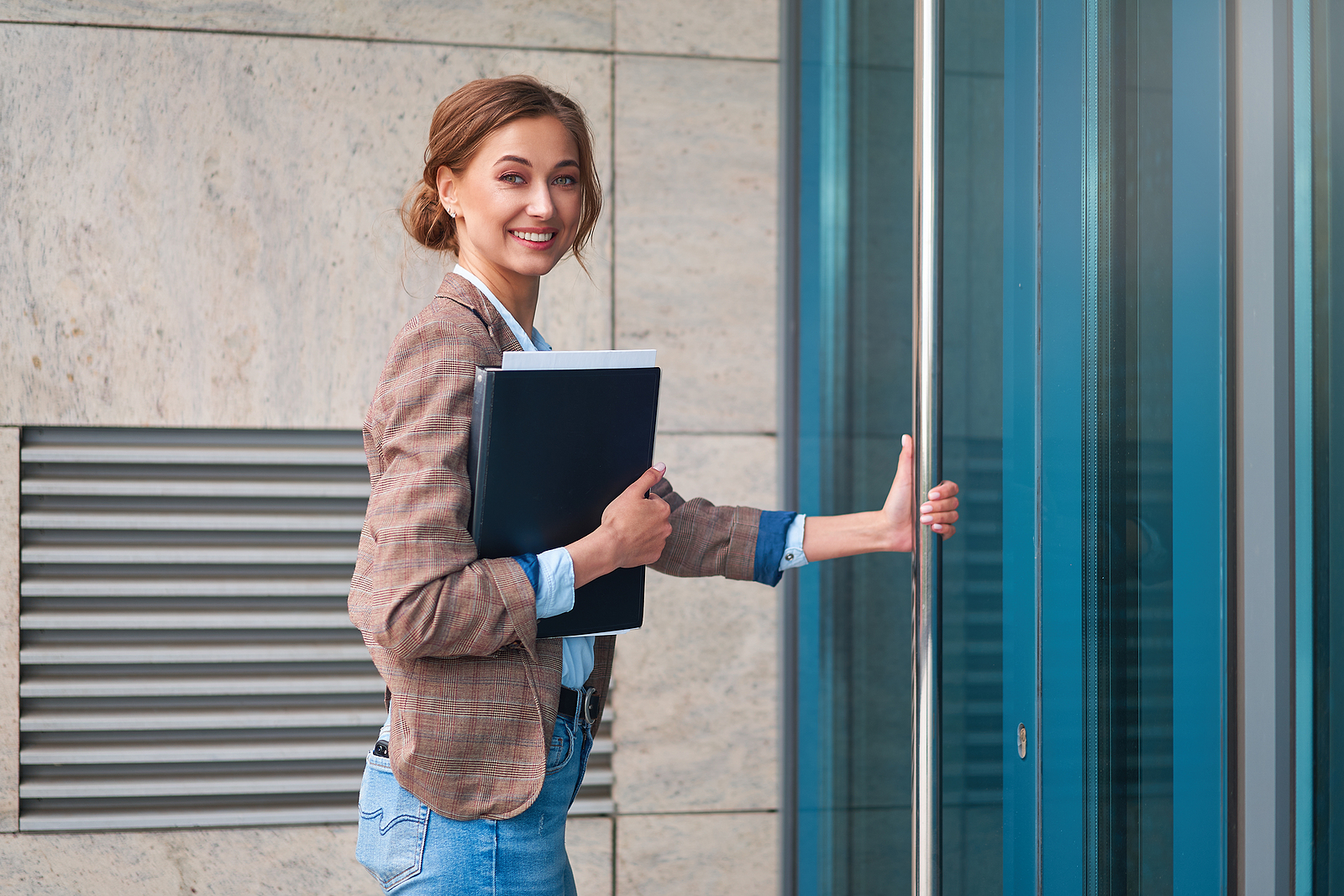 Do These 6 Things First for Your New Business